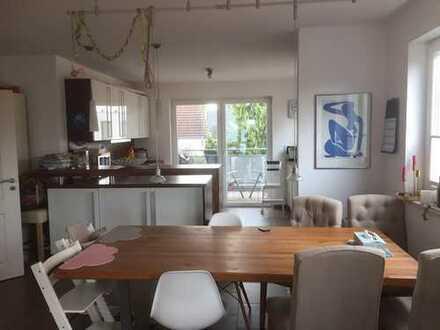 Provisionsfreie schöne Wohnung im Sürther Blumenviertel