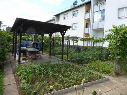 Idyllisches Wohnen am Neckar: 2-Zimmerwohnung mit Loggia und eigenem Gartenanteil! Frei werdend