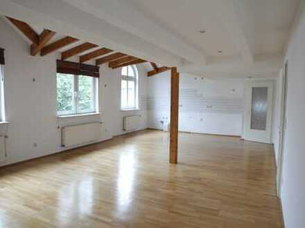 traumhaft helle Wohnung mit Charme in BochumLinden ab1.11.19