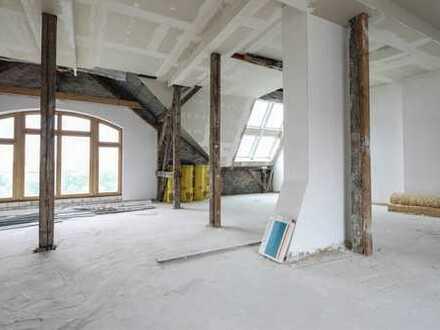 Stilvolles Dachgeschoss nach Maß - barrierefrei - Aufzug bis ins DG!