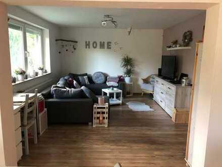 Freundliche 2-Zimmer-Wohnung mit Balkon und EBK in Michelstadt