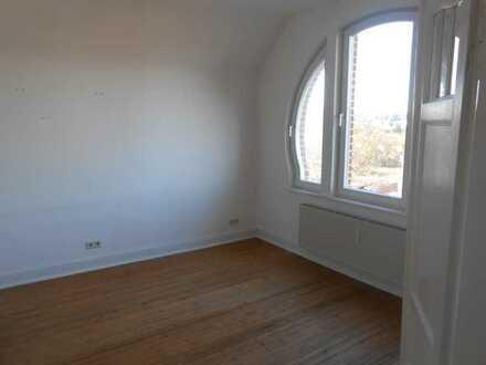 Sanierte 5-Zimmer-Wohnung mit EBK in Simmern