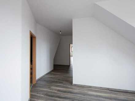 Vollständig renovierte 5,5-Zimmer-Wohnung mit EBK in Mainhardt