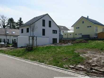 Ruhig gelegenes Doppelhausgrundstück, am Rande des Kohlstätter Hardts