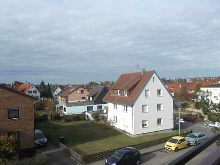 3 Zimmer Wohnung in Schwaikheim mit Balkon und TG Stellplatz