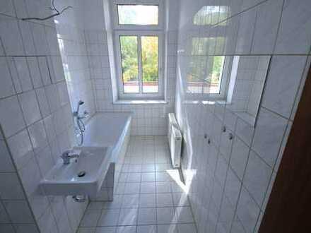 Gepflegte 3-Raum Wohnung mit Balkon und Stellplatz