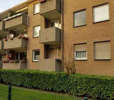 Wunderschöne 4-Zimmer Wohnung in beliebter Lage von Neuss Norf inkl. Einbauküche und 2 Balkonen