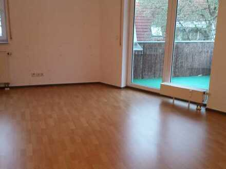 Schöne 1-Zimmer-Wohnung mit Balkon und Einbauküche in Urbach
