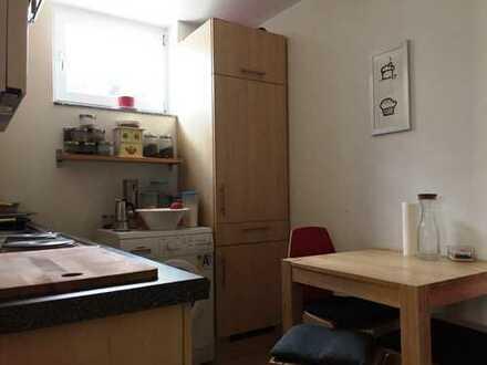 Ansprechende 2-Zimmer-Wohnung mit EBK für 1-2 Personen