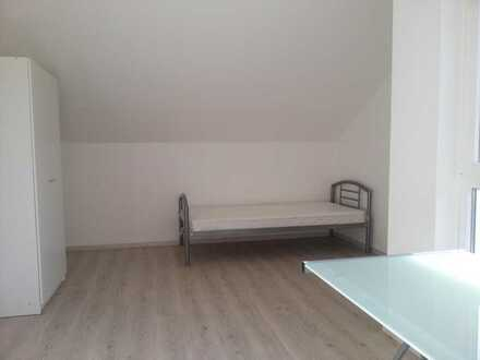 Zwei möblierte, frisch renovierte WG-Zimmer mit Bad (eigene Etage in ruhigem Wohnviertel in Münster-