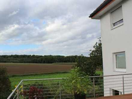Dreifamilienhaus mit großem Garten in Bielefeld, Großdornberg