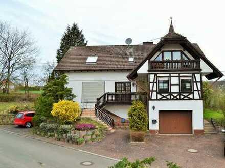 * Schwedelbach -Top gepflegtes Einfamilienhaus mit Einliegerwohnung - 14 km von Kaiserslautern entfe