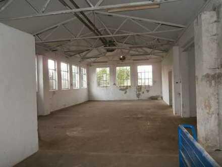 Vielseitig verwendbare Lagerhalle westlich von Memmingen zu vermieten!
