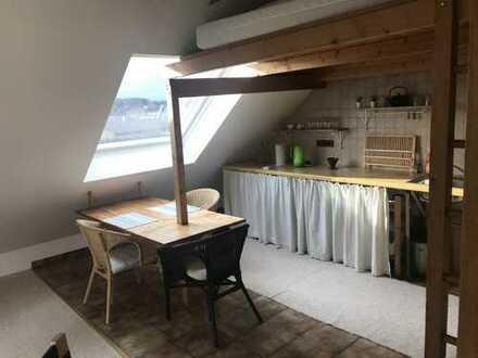 Freundliche 1-Zimmer-Dachgeschosswohnung mit Einbauküche in Viersen-Süchtel-Vorst