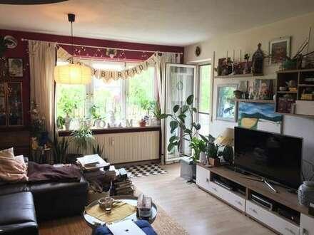 Schöne 2-Zimmer Wohnung mit Balkon und Garage