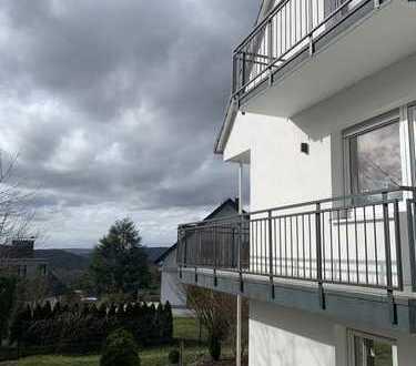 VON PRIVAT!! ERSTBEZUG! Komplettsanierte 5-Zimmer Whg in Kelkheim (Taunus)