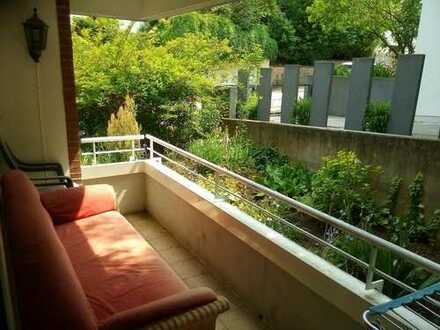 Zwischenmieter gesucht für schöne helle Wohnung am Schlosspark Weinheim