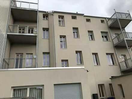 548 €, 73 m², 2 Zimmer