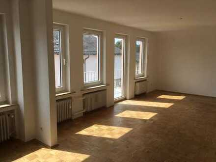 neu sanierte 4 Zimmer Wohnung in Aachen-Vetschau *ab sofort zu vermieten*