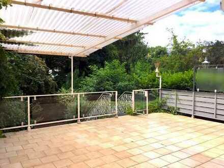 Große Erdgeschosswohnung mit Terrasse und Garten im Dornbusch!