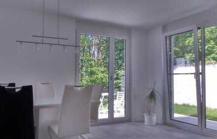 PROVISIONSFREI: Exklusive, neuwertige 3-Zimmer-EG-Wohnung mit Terrasse, EBK u. Garten in Erlangen
