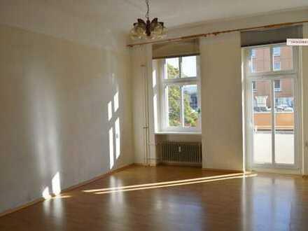 IMMOBERLIN: Charmante Altbauwohnung mit Balkon