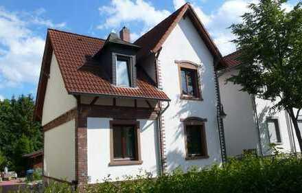 Saniertes, familienfreundliches, Fachwerkhaus, 3,5 Zimmer, EBK, eigener Garten