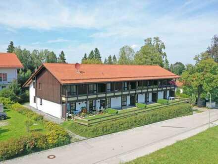 Apartmenthaus mit Bergblick