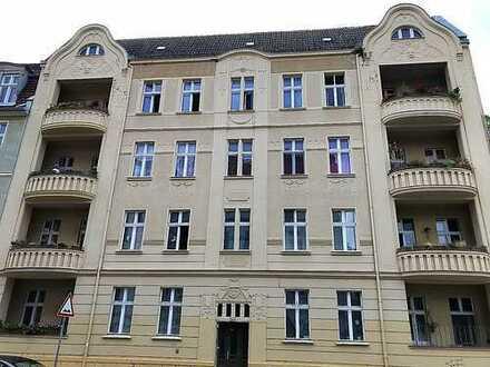 Denkmalgeschützter Stuckaltbau in sehr guter Lage Gubener Vorstadt