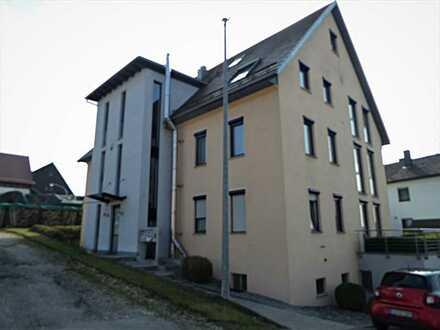 Kirchh.-T.-Notzingen 4,5 Zi. Wohnen und Arbeiten in eleganten Wohn-Büro-Räumen