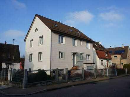 Keine Käuferprovision! Zweifamilienhaus – Garage im Haus – pflegeleichte Gartenanlage – 2 Balkone