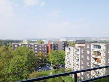 3-Zimmer Wohnung mit Aufzug, großem Balkon und herrlicher Aussicht!