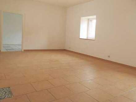 Große 4-Zimmer-Wohnung im Grünen 1h von Berlin in Falkenberg bei Eberswalde