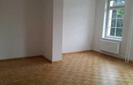 Bild_Großzügig geschnittene 2 Zimmerwohnung in der Villenvorstadt direkt am Naturschutzgebiet