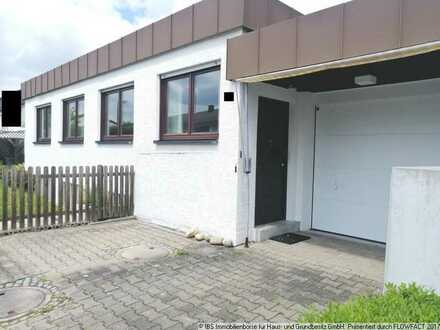 Charmanter, ansprechender Bungalow mit Garage, 2 Terrassen in guter Wohnlage