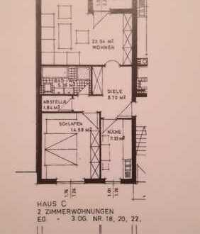 Vollständig renovierte 2-Zimmer-Wohnung mit Balkon und EBK in Singen