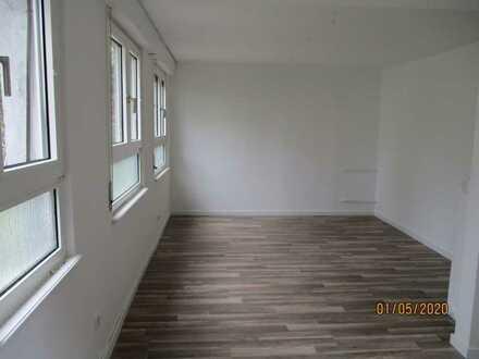 Sehr nette, freundliche, modernisierte 1-Zimmer-Erdgeschosswohnung in Kandel