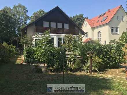 4 Zimmer-Wohnung in einem 2- Familienhaus mit großem Wintergarten, gr.Garten und Keller zu vermieten