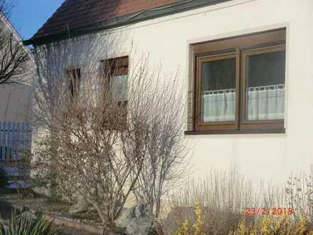 Schönes Haus mit drei Zimmern in Donau-Ries (Kreis), Harburg (Schwaben)