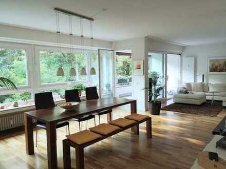 Lindenthal: Charmante Wohnung in direkter Nachbarschaft zum Stadtwald