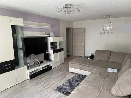 Helle und moderne 4 Zimmerwohnung sofort verfügbar EBK/SP/Balkon