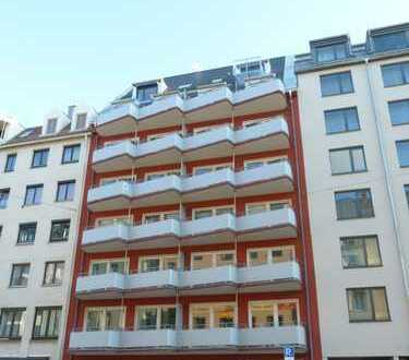 Neu erstellte 4-Zimmer-Dachgeschoß-Wohnung mit Terrasse und Balkon in zentraler Lage