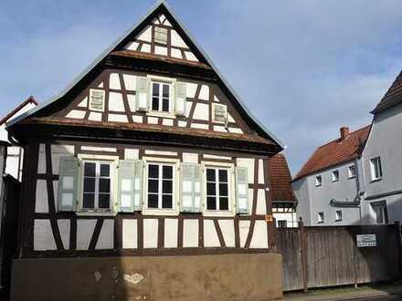 *LIEBHABEROBJEKT** Sanierungsbedürftiges Bauerngehöft m. Baugenehmigung/Neubau Ortsmitte von Schaidt