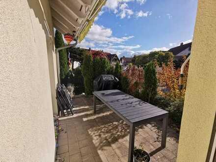 Top Lage: 4 renovierte, helle Zi. auf 101m², Garten+Terrasse+30m² Hobbyraum