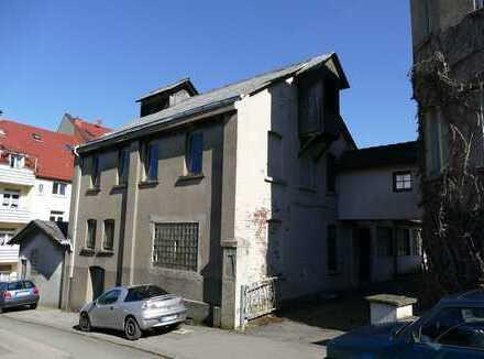 1.303 m² Baugrundstück - Beste Aussichten für Bauträger und Investoren !