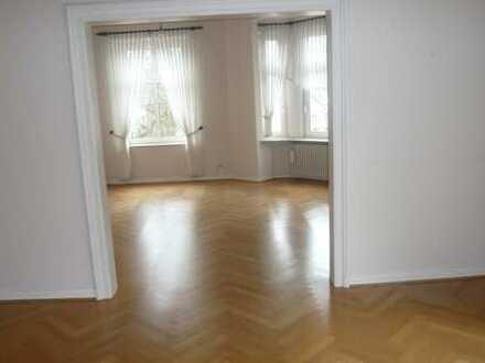 3-Zimmer Wohnung im historischem Altbau