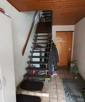 Gepflegte 5-Zimmer-Dachgeschosswohnung mit EBK in Gäufelden