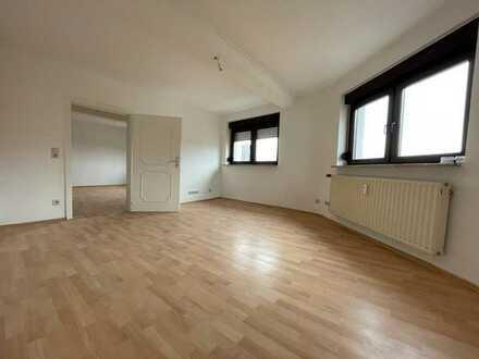 Renovierte 3 ZKB Wohnung