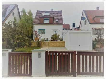 Freistehendes Einfamilienhaus mit Einzelgarage, EBK und toller Terrasse mit Garten!