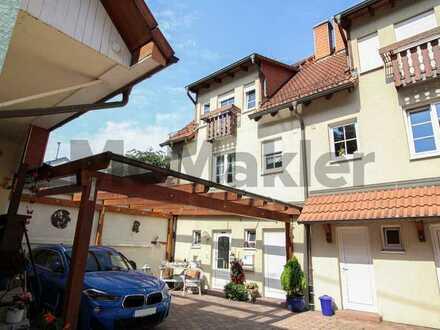 Idyllisch und individuell wohnen in Karlsbad: Gepflegte DHH mit schönem Garten in ruhiger Lage